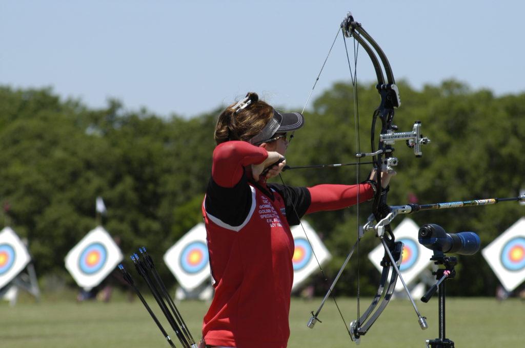 erika_aya_eiffel_texas_shootout_archery