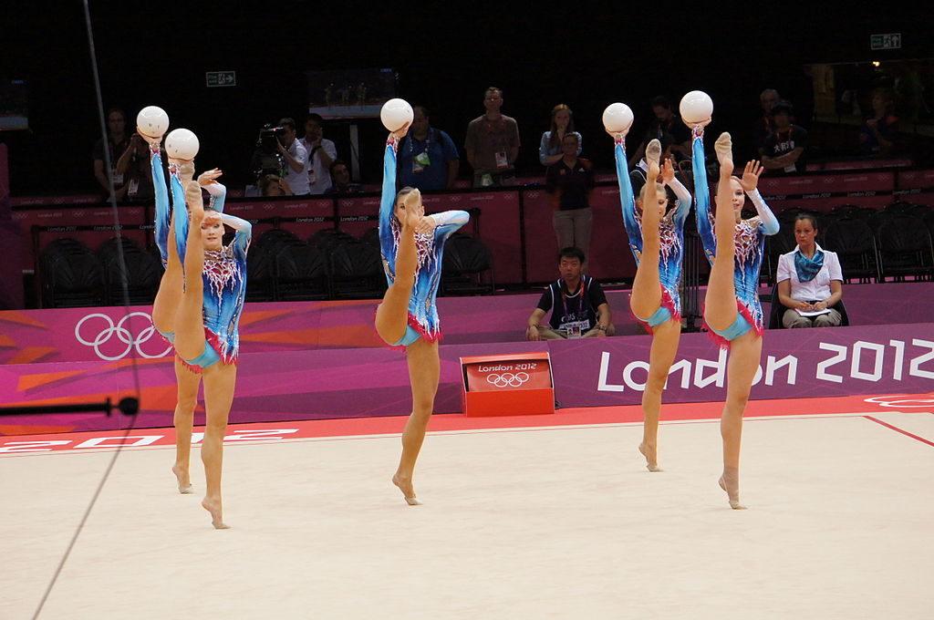 belarus_rhythmic_gymnastics_team_2012_summer_olympics_03